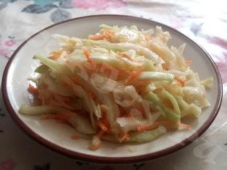 Салат из капусты на уксусе