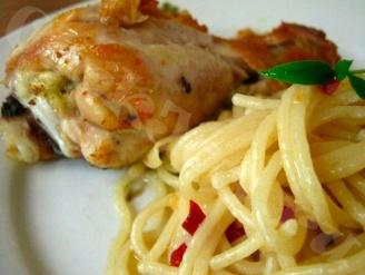 Куриные голени со спагетти в мультиварке