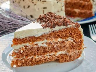 «Мокрый торт» со сметанным кремом