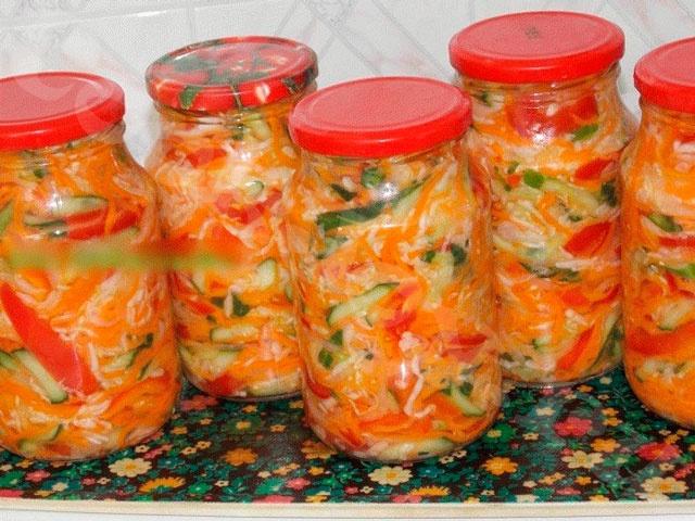 Закуска-салат «Под водочку» с ароматными травами в зиму
