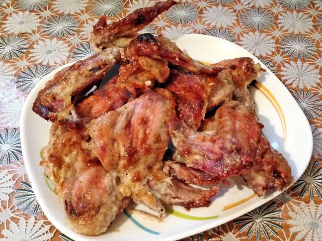 Куриные крылышки, запечённые в духовке