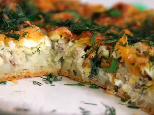 Рыбный пирог на сковороде