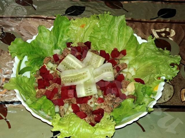 Салат диетический с вареными овощами
