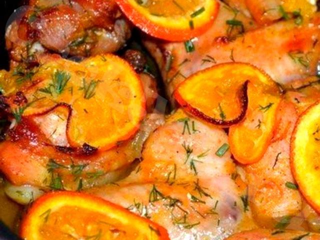 Курица, запечённая в медово-апельсиновом маринаде